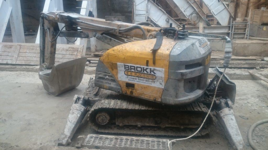 Навесное оборудование для демонтажных работ с помощью роботов Brokk