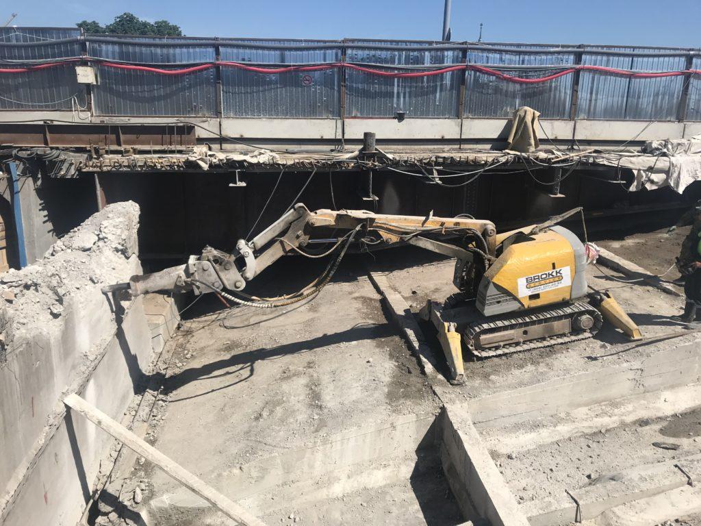Демонтаж мостовых сооружений