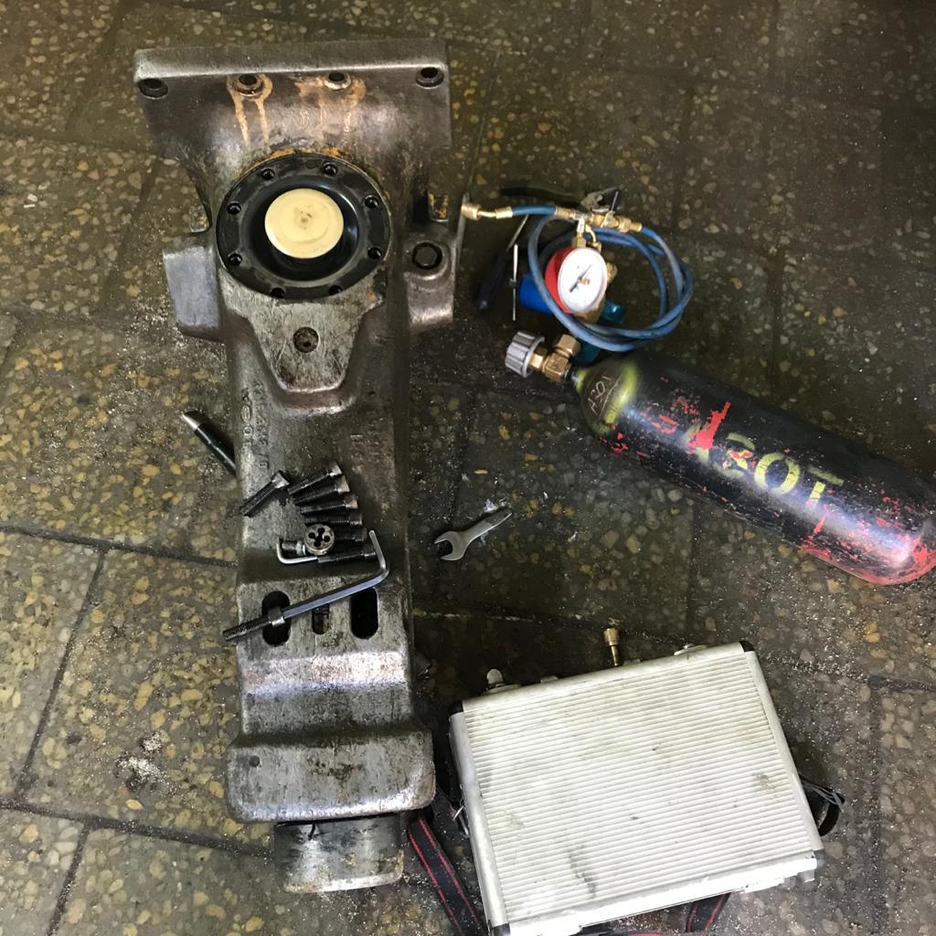 Ремонт молота робота-разрушителя Brokk